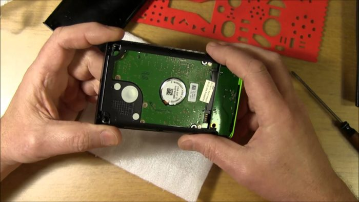 Портативный накопитель из жесткого диска