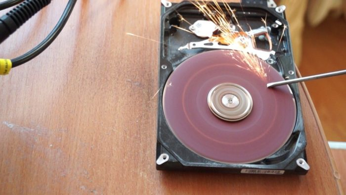 Точильный станок из жесткого диска